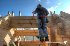 Maison bois : pose des sabots pour les chevrons du toit