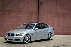 BMW E90 330i