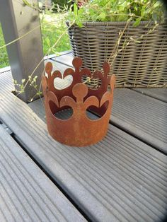 Medium crown of downstairs patina, Rostdeko, diameter 11 cm, rusty decoration for your home, garden Large Wooden Tray, Corten Steel, Photo On Wood, Flower Decorations, Planter Pots, Great Gifts, Etsy, Steel Art, Nice Asses
