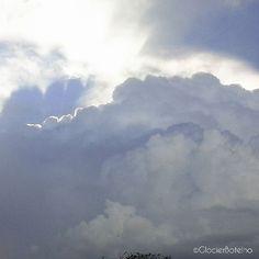 {20/365} Clouds, clouds and sky. ------------- Nuvens, nuvens e céu.  #500px #glocierbotelho #clouds #sky #nature #natureza #photographer #photo #nuvens