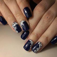 stunning floral 3d nail art https://www.facebook.com/shorthaircutstyles/posts/1760989054191534