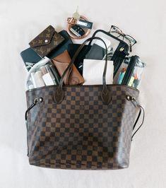 Chanel Purse, Chanel Handbags, Gucci Bags, Louis Vuitton Handbags, Fashion Handbags, Purses And Handbags, Fashion Purses, Fashion Bags, Prada Purses