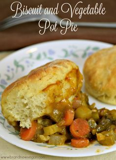 What do you call a Shepherd's Pie topped with fresh homemade biscuits instead of potatoes? How about a Biscuit and Vegetable Pot Pie? Or just DELICIOUS! Vegan Dinner Recipes, Veggie Recipes, Whole Food Recipes, Vegetarian Recipes, Biscuit Pot Pie, Vegetable Pot Pies, Vegan Dishes, Vegan Food, Plant Based Diet