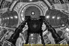 "Cupola of St. Peter's Basilica - Die Kuppel des Petersdoms (from <a href=""http://digitalfoto-welt.de/picture.php?/59/category/4"">Rainer Kaufhold - digitalfoto-welt.de - digital photo world</a>)"