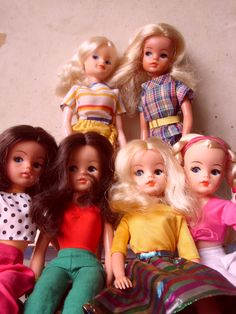 My gang of Sindy Dolls!  I loved them all (still do).   I had my first one in 1979 as a Christmas present (the blonde in the check prints at the back!)