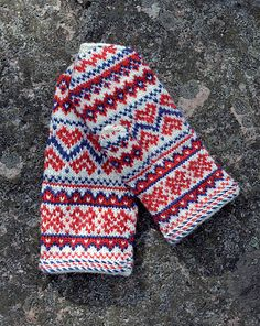 Ravelry: Enontekiön lapaset pattern by Anna-Karoliina Tetri Fingerless Mittens, Knit Mittens, Knitted Gloves, Fair Isle Knitting, Hand Knitting, Knitting Patterns, Sampler Quilts, Fabric Yarn, Knitted Headband