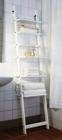 Handdoekenrek Hjalmaren in badkamer - Ikea Inspiratie Blog