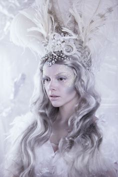 Alexandra Wetzel (True Beauty Photo Design) – Winter • Dark Beauty