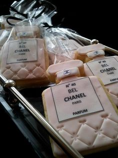 Chanel Cookies for make-up related theme party