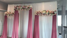 Wonderful Screen Quick & Easy Backdrop Popular Get wedding decoration produced simple When you manage a wedding , you've to focus on the Budget a Wedding Backdrop Design, Desi Wedding Decor, Wedding Stage Decorations, Diy Backdrop, Backdrop Decorations, Wedding Mandap, Diy Quinceanera Decorations, Ribbon Backdrop, Wedding Stage Design