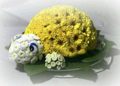 Funeral Flower Arrangements, Ikebana Flower Arrangement, Beautiful Flower Arrangements, Funeral Flowers, Pretty Flowers, Floral Arrangements, Deco Floral, Floral Foam, Arte Floral