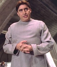 Marvel in film - 2004 - Alfred Molina as Otto Octavius - Spider-Man 2 by Sam Raimi Marry Jane, Alfred Molina, Sam Raimi, Blonde Girlfriend, Spider Man 2, Marvel Movies, Horror Movies, Millie Bobby Brown, Best Actor