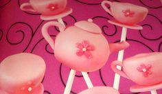 Pink teapot pops