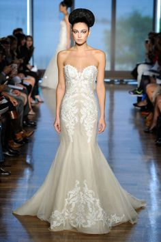ines di santo bridal gown // fall 2014 // sweetheart neckline