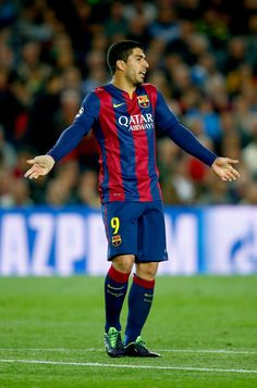Luis Suarez of Barcelona reacts during the UEFA Champions League Quarter Final second leg match between FC Barcelona and Paris Saint-Germain at Camp Nou on April 21, 2015 in Barcelona, Catalonia.