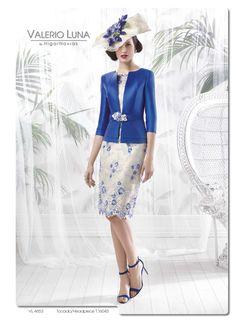 Una elegante madrina para una boda de mañana http://blog.higarnovias.com/2015/08/25/vestido-de-madrina/ #colección2016