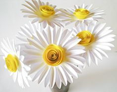 Set of 6 White Paper Daisies, White Paper Flowers, Stem Flower, Yellow Daisy, Paper Wedding Decorati White Paper Flowers, Paper Flowers Wedding, Yellow Paper, Crepe Paper Flowers, Paper Flower Backdrop, Diy Flowers, Spring Flowers, Flower Paper, Easter Flowers