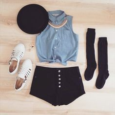 Black high wasted shorts, blue tied button up crop top, summer outfit