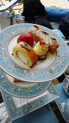 Afternoon tea set 품위있게 여왕처럼 즐거운 시간을...