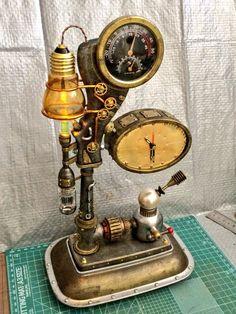 #これがこうなってこうじゃ #steampunk #スチームパンク工作 例によって100円ショップの商品を組み...