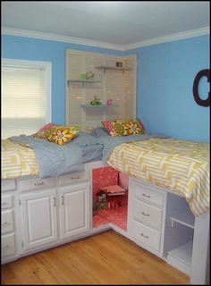 This Platform Bed With Storage is Made From Kitchen Cabedroo.binets!