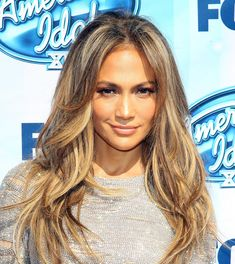 Pin for Later: Sexy Celebrity Beach Waves For Every Hair Length Jennifer Lopez Long Wavy Hair, Long Layered Hair, 2015 Hairstyles, Pretty Hairstyles, Modern Hairstyles, Beach Wave Hair, Beach Waves, Bronde Hair, Corte Y Color