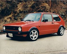 The legendary Volkswagen Golf GTI mark 1 Volkswagen Golf Gti, Vw Mk1, Automobile, Old School Cars, Import Cars, Vw Cars, Bmw, Car Engine, Motor Car