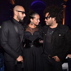 Date night! Alicia Keys and her husband Swizz Beatz were honored together at the 2017 Brooklyn Artists Ball in New York City. The power couple looked smitten, especially when they saw Lenny Kravitz. Alicia and Swizz were honored for their groundbreaking creativity, support of the arts, and dedication to making the world a better and more beautiful place.