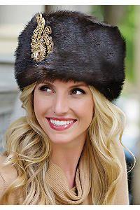 A brooch on a Russian hat looks lovely! Russian Beauty, Russian Fashion, Russian Hat, Russian Style, Cossack Hat, Fabulous Furs, Vintage Fur, Fur Fashion, Hats For Women