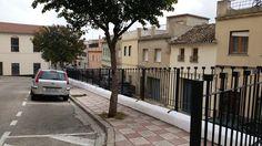 L'Ajuntament instal·la tanques de protecció en els  carrers del Calvari i Santa Bàrbara