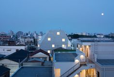 Gallery of Kitasenzoku Apartment / Tomoyuki Kurokawa Architects - 6