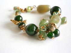 Green Bracelet  Mother's Day Gift  Bracelet Stone por NataliStudio, $11.50