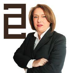 Dña. Caridad Encarnación Martínez Hernández ejerce como Abogada Especialista en Derecho Matrimonial, Familia y Mediación en Elche.