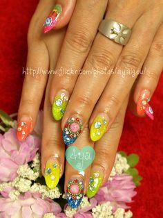 summer glitter nails with gems  Marketing for Nail Technicians  http://www.nailtechsuccess.com/nail-technicians-secrets/?hop=megairmone