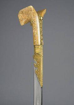 Osmanlı dönemi Türk yatağan kılıcı