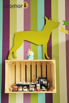 Chien bois peint roomor! - kid's deco, crates, dog,  kid's room
