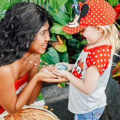 """Roberts Family on Instagram: """"Our Tessa shared a magical moment with Moana as she got to hold her heart of Te Fiti ❤️ What is one of your favourite magical moments with…"""" Heart Of Te Fiti, Adventures By Disney, Moana, Disneyland, Your Favorite, Hold On, In This Moment, Instagram, Fashion"""