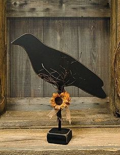 New Primitive Country Fok Art Sunflower  BLACK CROW PEDESTAL Wood Shelf Sitter