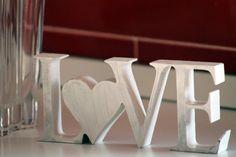 Scritta lettere legno LOVE in stile shabby style country chic