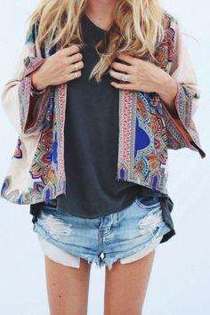 Le kimono: la veste de l'été sur http://www.flair.be/fr/mode/323319/le-kimono-la-veste-de-lete