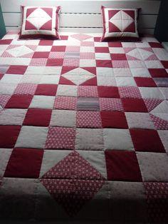 Patchwork deka + polštářky Quilts, Blanket, Scrappy Quilts, Quilt Sets, Blankets, Log Cabin Quilts, Cover, Comforters, Quilting