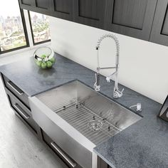 Exceptional Kitchen Remodeling Choosing a New Kitchen Sink Ideas. Marvelous Kitchen Remodeling Choosing a New Kitchen Sink Ideas. Apron Front Kitchen Sink, Single Bowl Kitchen Sink, Farmhouse Sink Kitchen, Kitchen Sink Faucets, New Kitchen, Kitchen Decor, Awesome Kitchen, Farmhouse Style, Kitchen Ideas