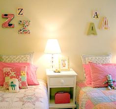the girls rooms hmmm....  Check out these Classic Ideas to Decorate with Initials!