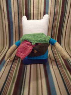 Free pattern for Finn the human from Adventure Time. I have the yarn for this I am going to make it for my little brother who loves this show.