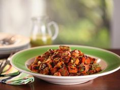 Sweet potato hash browns with green onion vinaigrette Bobby Flay Cooking Channel Brunch at Bobby's Open House Brunch Brunch Recipes, Breakfast Recipes, Breakfast Ideas, Brunch Foods, Pancake Recipes, Brunch Menu, Breakfast Pizza, Paleo Breakfast, Brunch Ideas