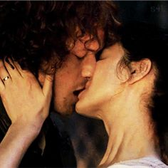 """sassenach4life: """" Jamie and Claire Kisses ~ Up Close & Personal ~ Tongue Edition """""""