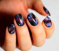 Galaxy, nail art.