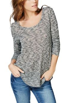 Love love love this sweater, check out the sexy back!! Warm and sexy! #justfabapparel #rockinrobin