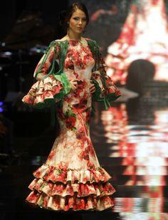 Lina ha presentado su colección «Miradas», con un guiño a las «majas» Francisco de Goya.  Raúl Doblado