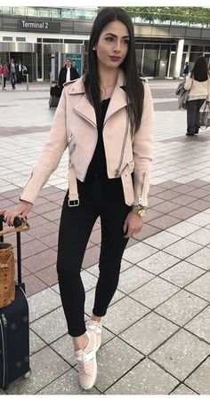 Office Outfits Women To Rock This Winter « letterformat.site : Office Outfits Women To Rock This Winter « letterformat. Casual Day Outfits, Office Outfits Women, Winter Fashion Outfits, Mode Outfits, Everyday Outfits, Look Fashion, Stylish Outfits, Fall Outfits, Fashion Wear